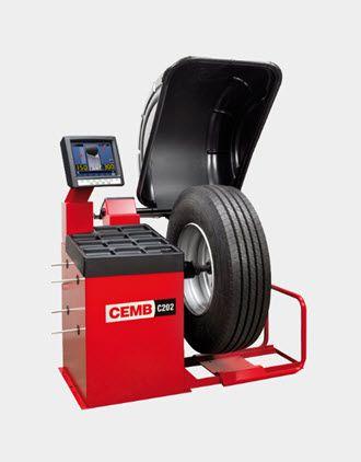Máy cân bằng lốp ô tô Cemb